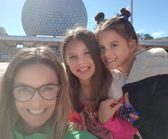 Bianca Rinaldi com as filhas (Foto: Reprodução Instagram)