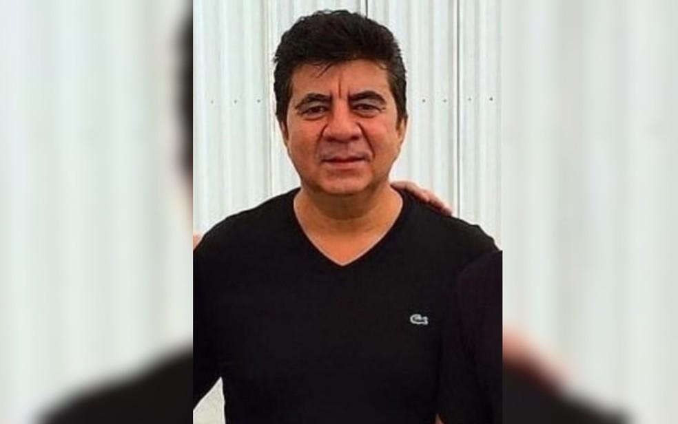 Nilton Rodrigues, conhecido como Passim, era assessor e amigo do cantor Leonardo — Foto: Reprodução/Instagram