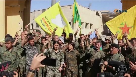 Milícias apoiadas por tropas dos EUA retomam controle de Raqqa, na Síria