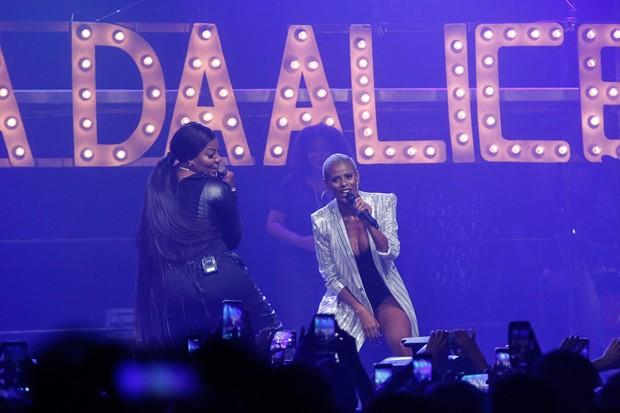 Ludmilla e Aline Wirley (Foto: Marcello Sá Barreto/Brazil News)