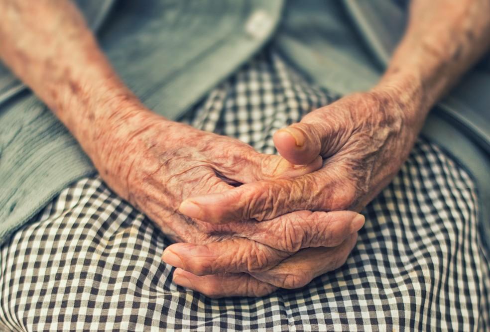 Violência contra idoso — Foto: Cristian Newman/Unsplash/Divulgação