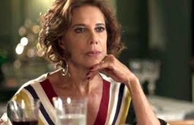 Na quarta-feira (27), Vera (Angela Vieira) sugerirá que ela e Alberto (Antonio Fagundes) fiquem juntos para sempre (Foto: TV Globo)