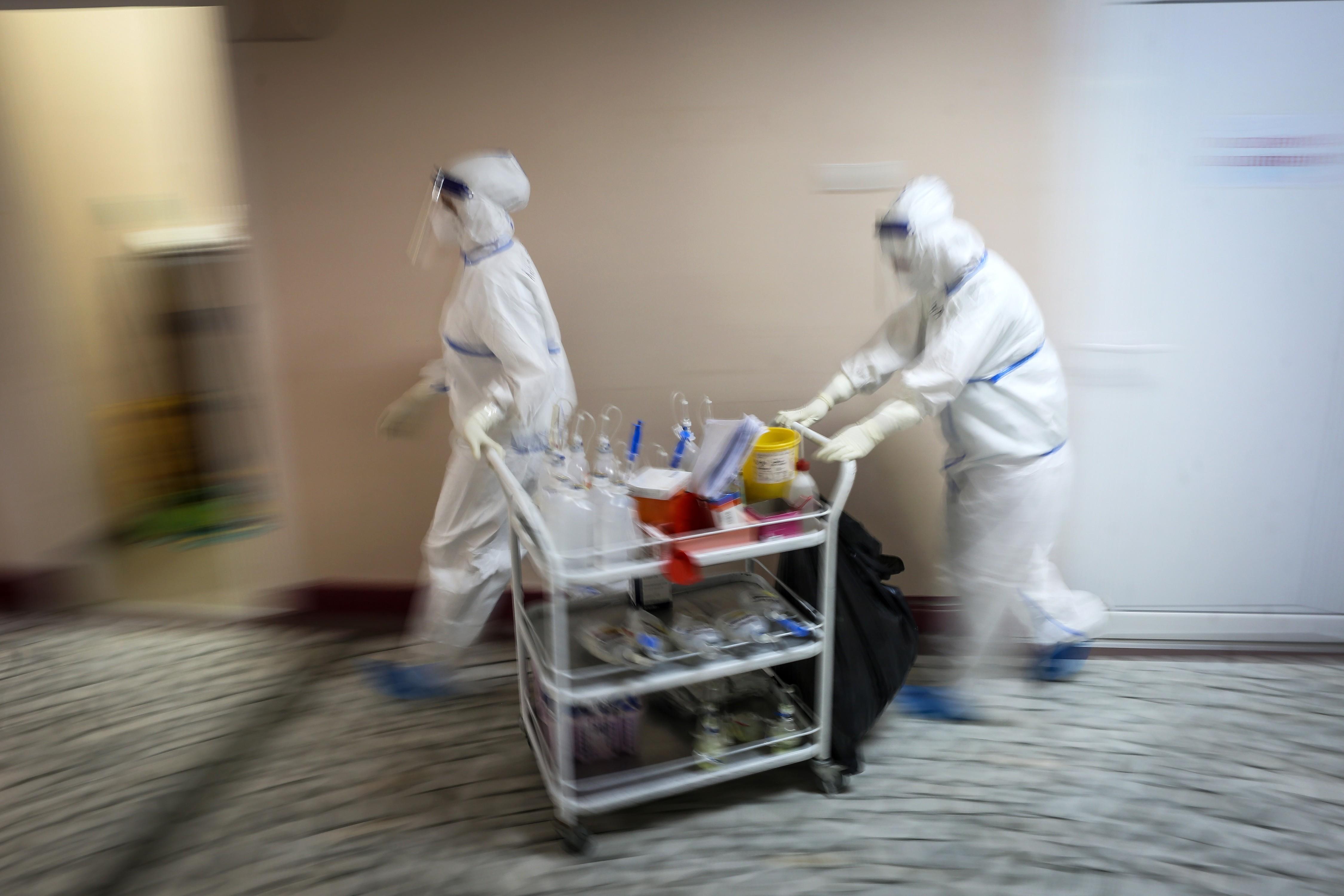 Sérvia entra em colapso do sistema de saúde pela Covid-19, alertam médicos