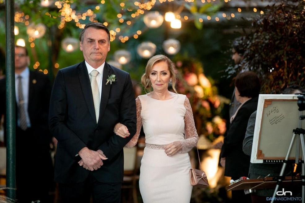 Presidente Jair Bolsonaro no casamento do filho Eduardo — Foto: Divulgação/Davi Nascimento