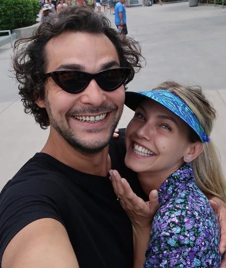 Eduardo Sterblitch e Louise D'Tuani (Foto: Reprodução Instagram)