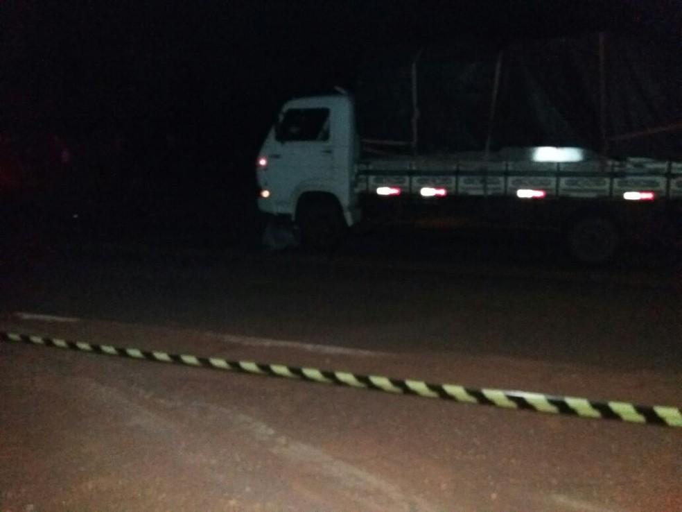 -  Acidente aconteceu na BR-435, saída para Colorado do Oeste, RO  Foto: WhatsApp/Reprodução