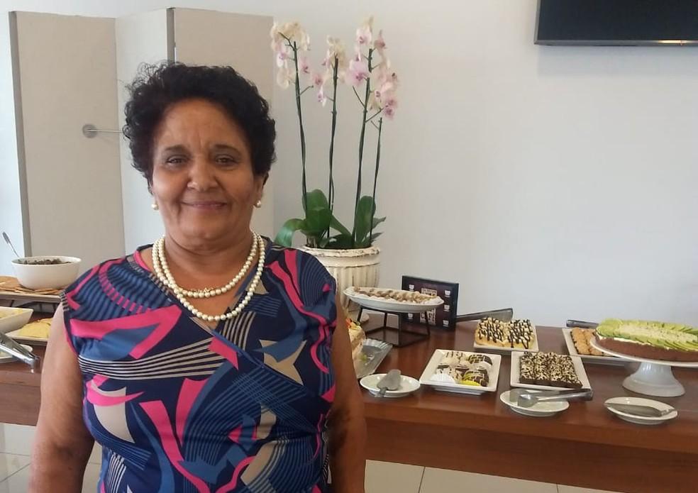 Leni Peroto Pereira, de 63 anos, perdeu a luta contra a Covid-19 após 38 dias internada em Mogi Mirim — Foto: Mara Goldim/Arquivo Pessoal