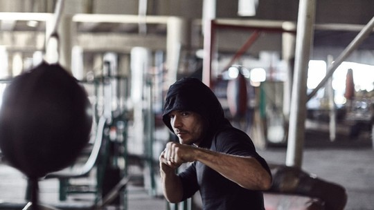 '10 Segundos para Vencer': Daniel de Oliveira revela que aprendeu boxe no Iraque