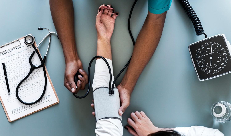 Planos de saúde: Como levar melhores serviços aos clientes e reduzir custos