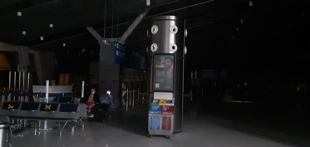 Aeroporto de Fortaleza fica às escuras e voos são atrasados após pane elétrica