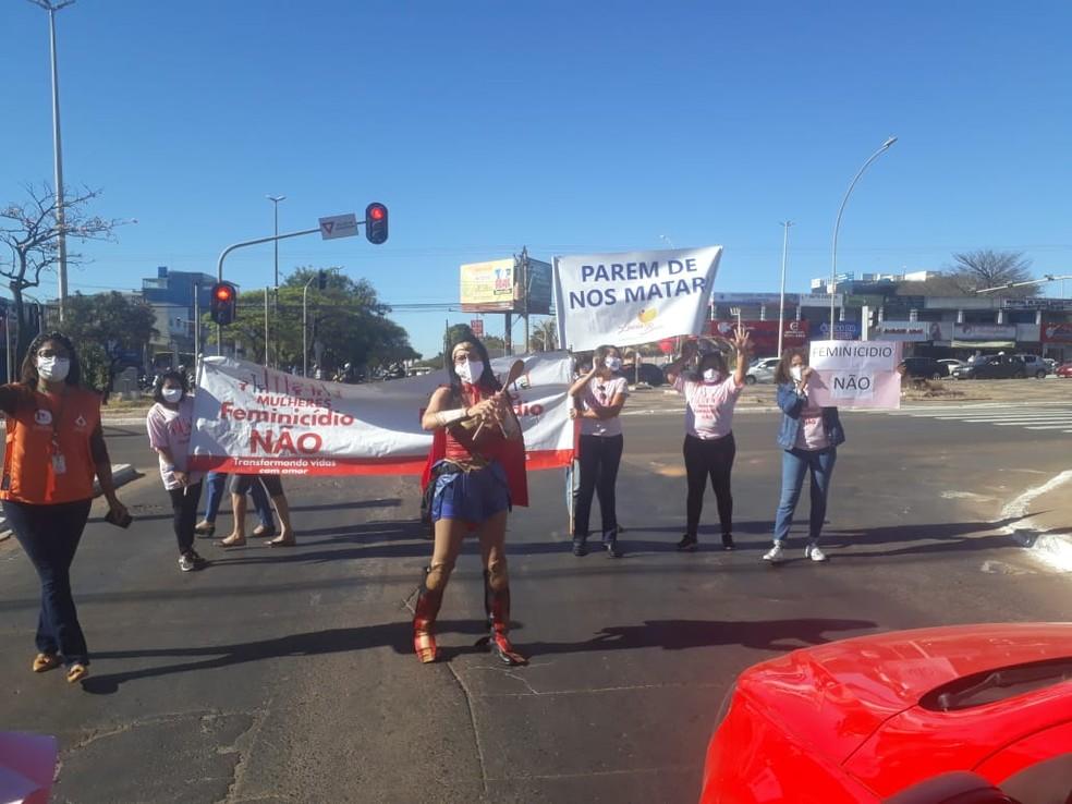Instituto 'Mulheres Feminicídio Não' realiza manifestação em Ceilândia, DF, em referência aos 14 anos da Lei Maria da Penha — Foto: Arquivo pessoal