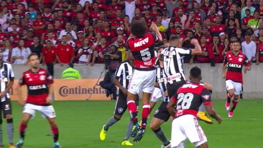 """Juan pega atalho em sistema de Rueda no Flamengo: """"Menos espaço para cobrir"""""""
