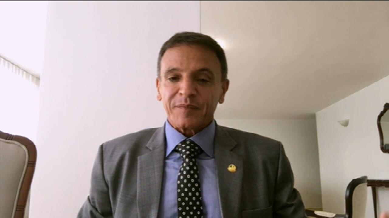 PEC Emergencial: relator quer propor auxílio emergencial de R$250 por quatro meses