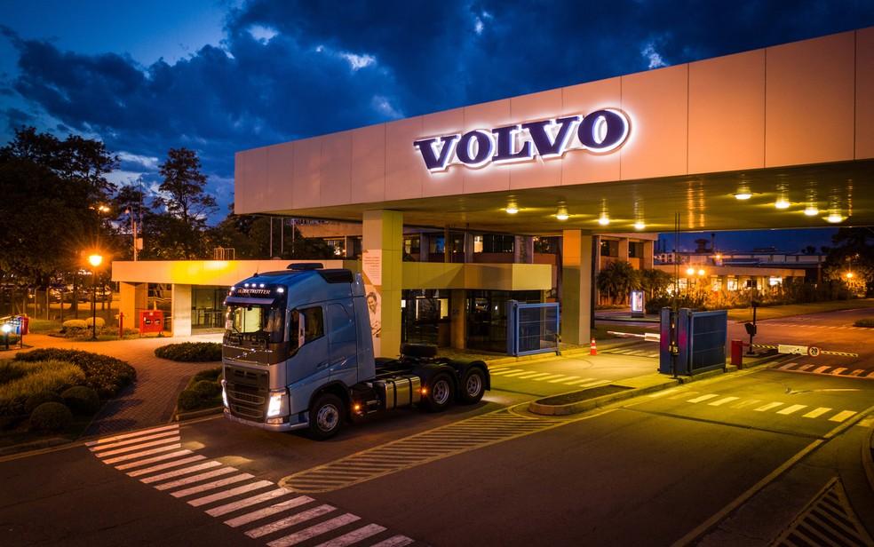 Fábrida da Volvo em Curitiba — Foto: Divulgação