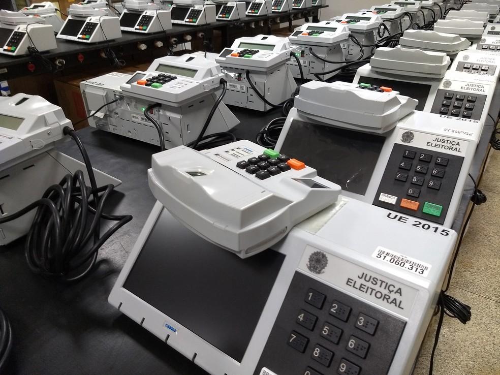 Urnas eletrônicas que serão utilizadas na eleição 2020 — Foto: Diêgo Holanda/G1