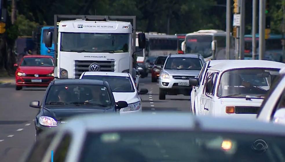Roubo de veículos caiu 42% em Porto Alegre em 2019 — Foto: Reprodução / RBS TV