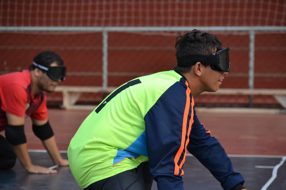 Goalball faz parte das modalidades paraolímpicas e exige a concentração dos atletas (Foto: Yuri Higuchi)