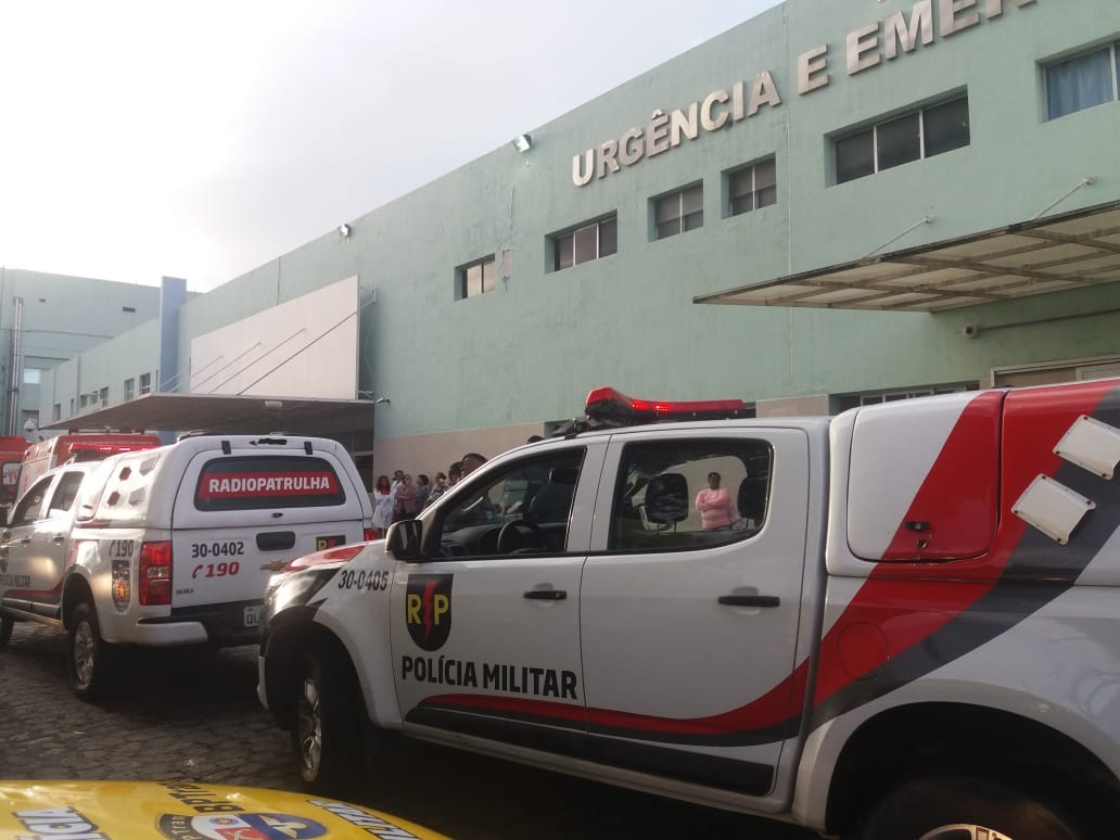 Mãe de menino encontrado morto em apartamento em Maceió recebe alta do HGE