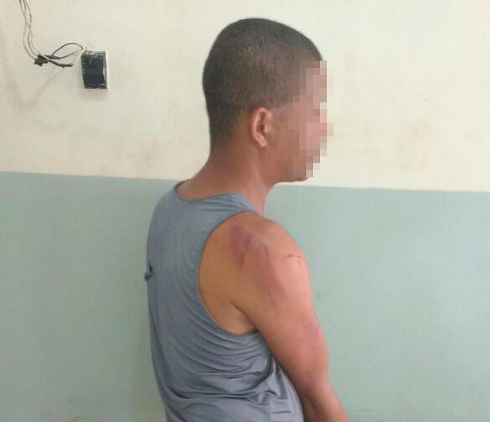 Homem é preso suspeito de tentar estuprar criança de 8 anos na Bahia (Foto: Site Bahia10.Com.Br)