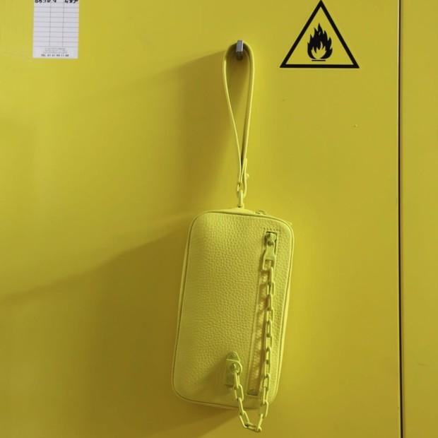 Uma das bolsas da coleção de estreia de Virgil Abloh para a Louis Vuitton (Foto: Instagram Louis Vuitton/ Reprodução)
