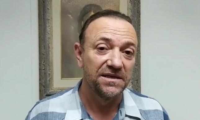 O prefeito de Araraquara, Edinho Silva, em live sobre a nova variante do coronavírus