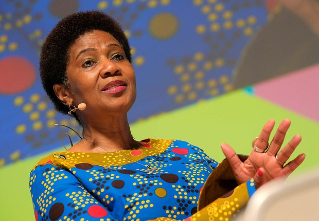 Diretora executiva da ONU Mulher Phumzile Mlambo-Ngcuka fala no Cannes Lions (Foto: Richard Bord/Getty Images for Cannes Lions)