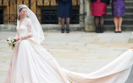 e2e4d3e81 Os dez vestidos usados por famosas mais caros de todos os tempos - Vogue |  news