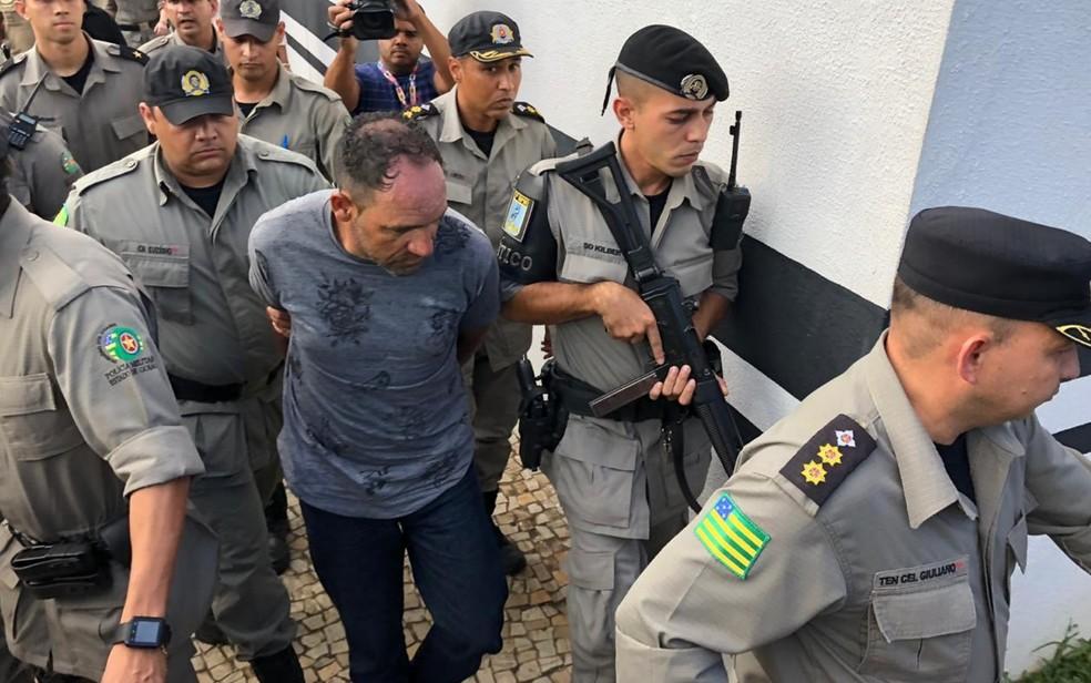 Preso suspeito de matar Vanusa da Cunha Ferreira — Foto: Honório Jacometto/TV Anhanguera