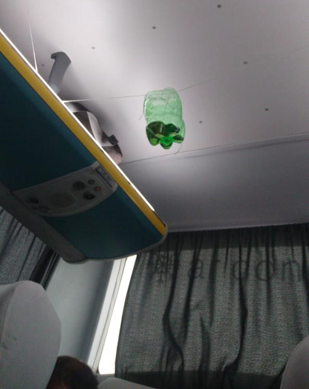 Gasolina dentro de ônibus sequestrado na Ponte Rio-Niterói — Foto: Arquivo pessoal