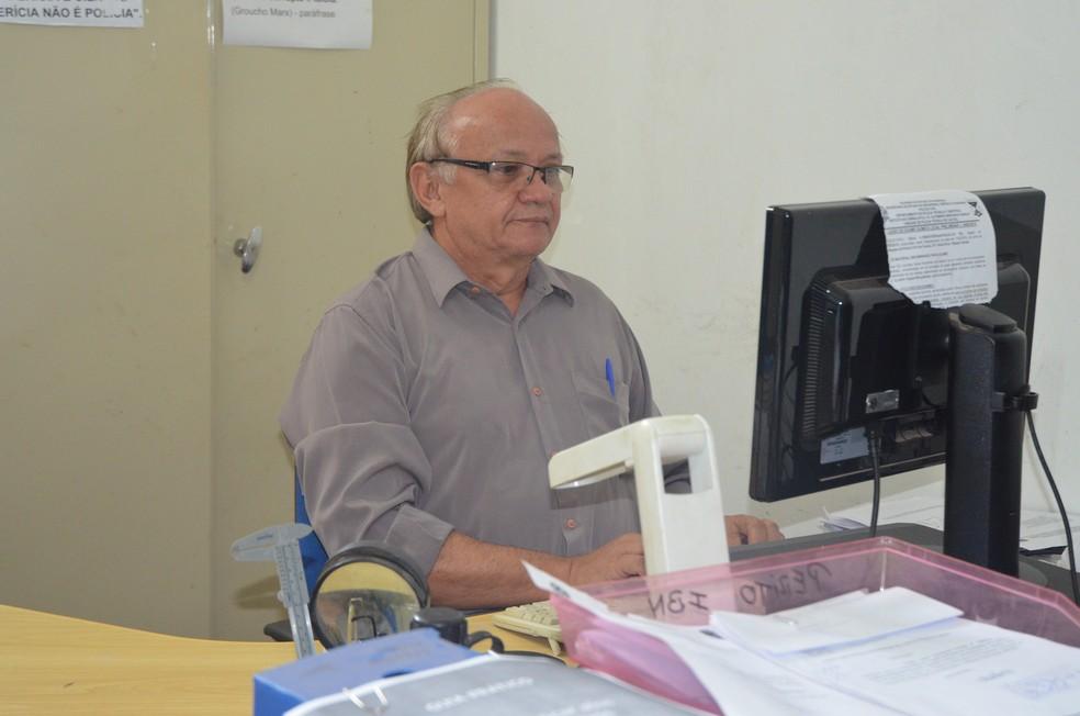 Perito criminal Barnabé Pereira (Foto: Magda Oliveira/G1)