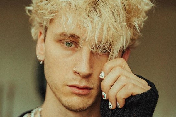 O rapper Machine Gun Kelly (Foto: Instagram)