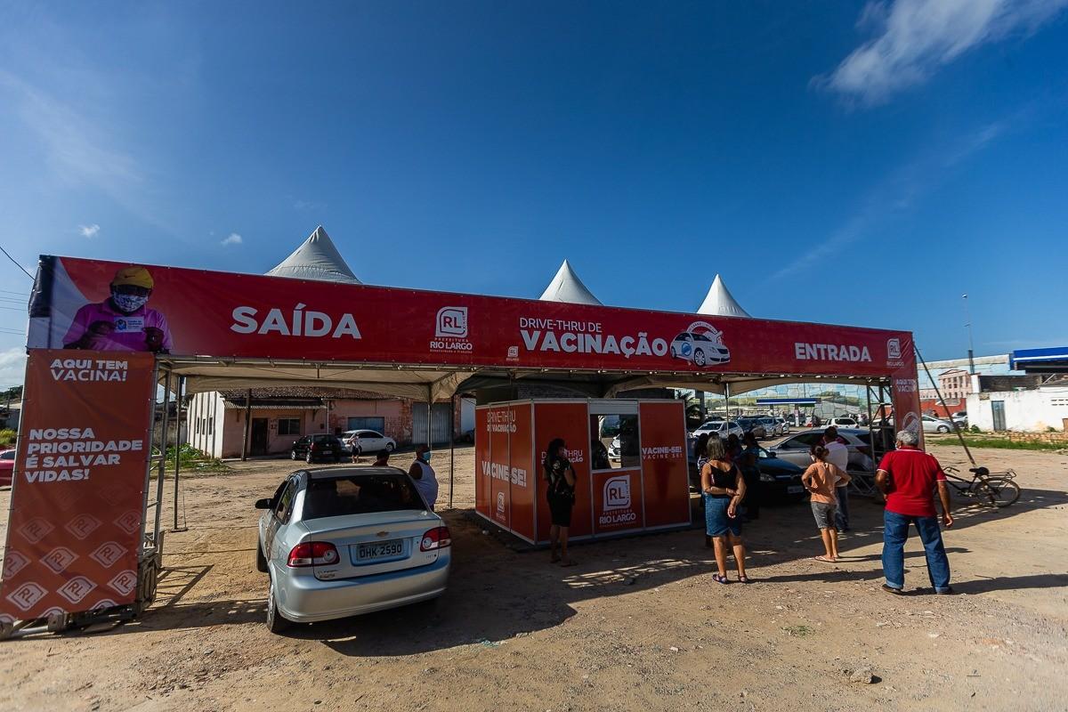 Rio Largo amplia vacinação contra Covid para pessoas de 29 anos