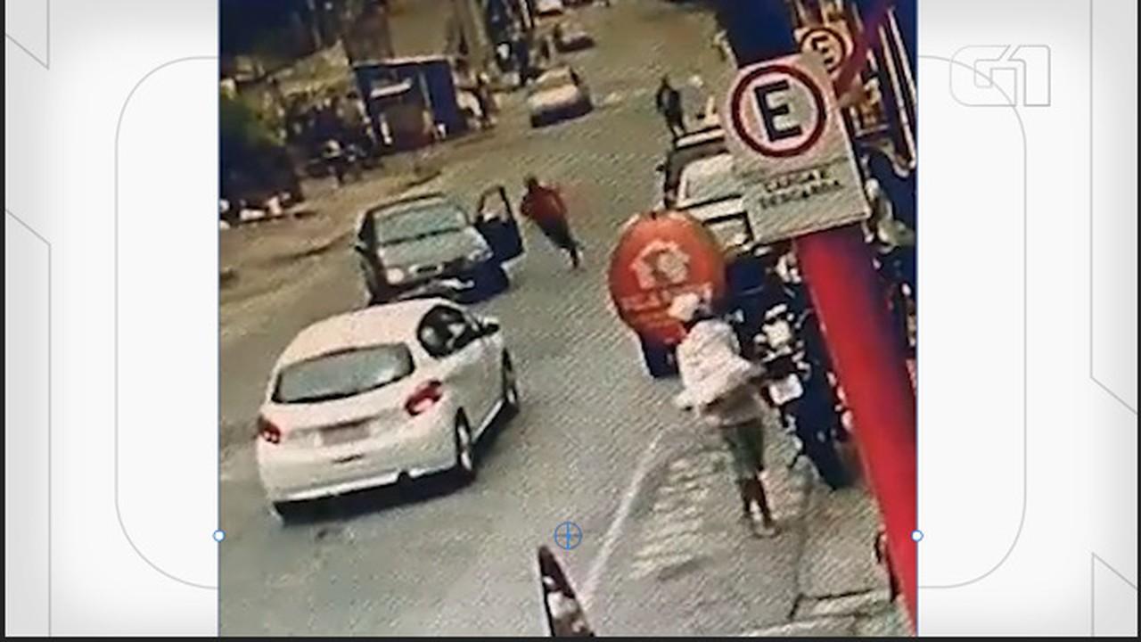 VÍDEO: Motorista em fuga atropela e mata adolescente em BH
