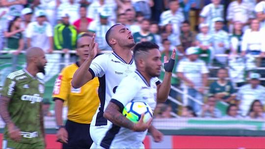 """Futuro reforço, Arthur comenta contato com a torcida do Palmeiras: """"Deixei boa impressão"""""""