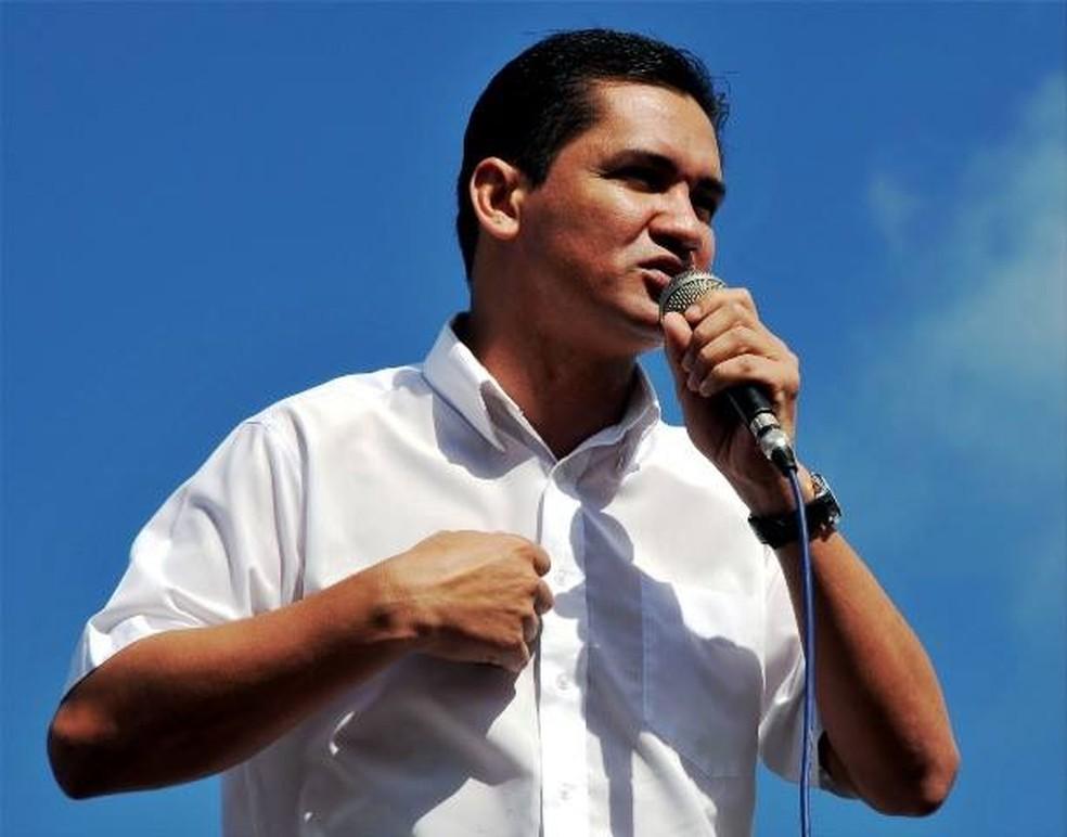 -  Antônio Nogueira, ex-prefeito de Santana e atual presidente do PT no Amapá  Foto: Reprodução/Facebook