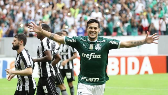 Gustavo Gómez comemora gol da vitória do Palmeiras