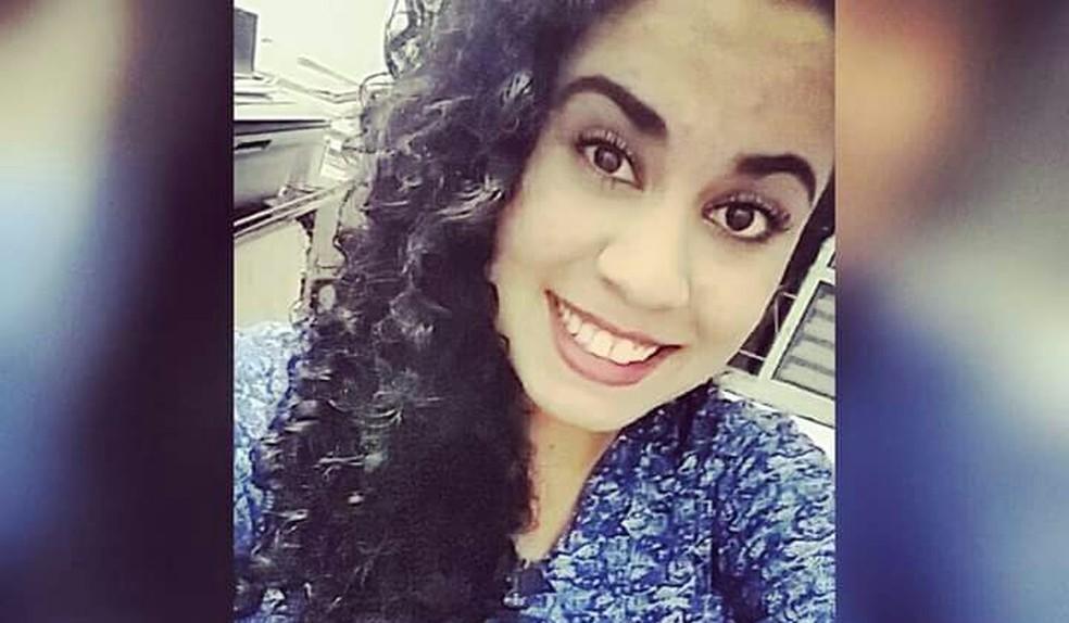Adolescente foi morta a facadas pelo namorado em são Sebastião do Paraíso (MG). (Foto: Reprodução/Redes Sociais)