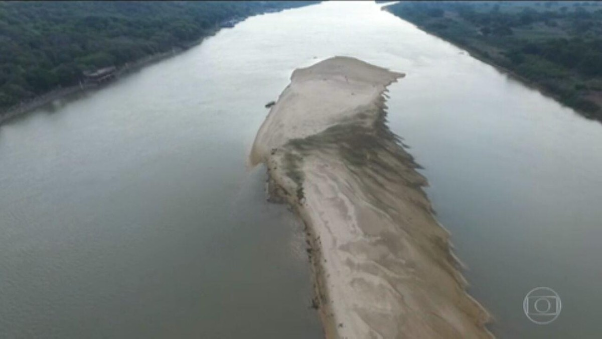 Estiagem leva maior rio do Pantanal a ficar perto do índice mais baixo já registrado