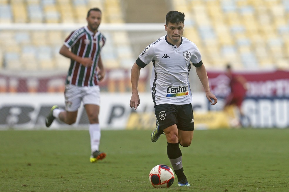 Ronald ainda não correspondeu às expectativas do torcedor — Foto: Vitor Silva/Botafogo