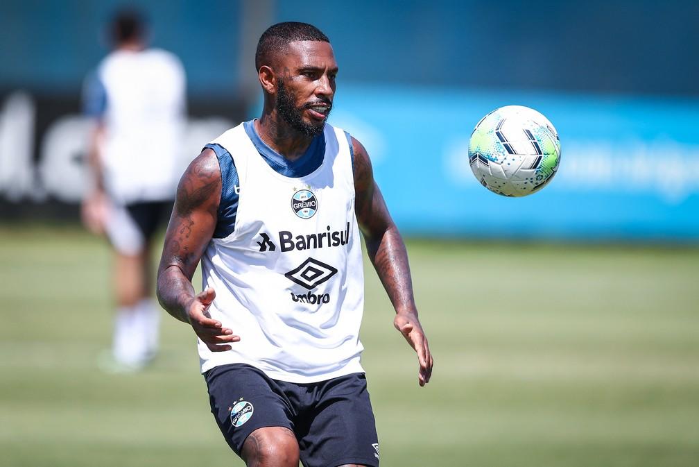 Paulo Miranda deve ganhar a vaga de Kannemann — Foto: Lucas Uebel/Divulgação Grêmio