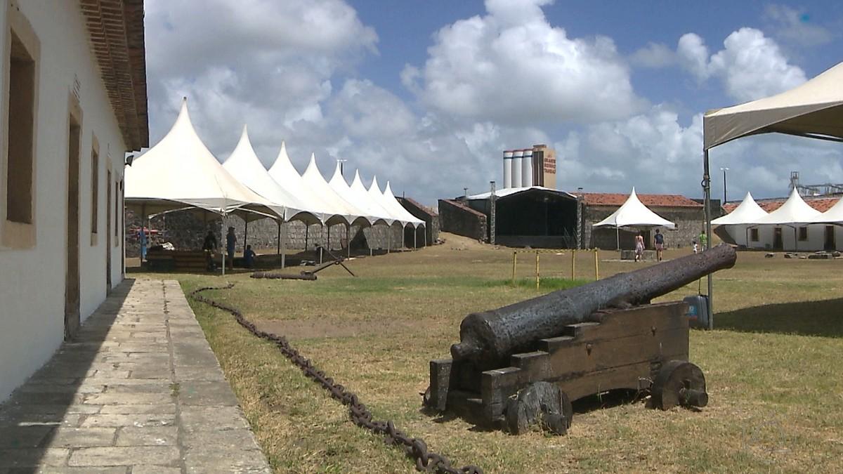 Festival de artes integradas tem shows, oficinas e feira no Forte de Cabedelo, PB