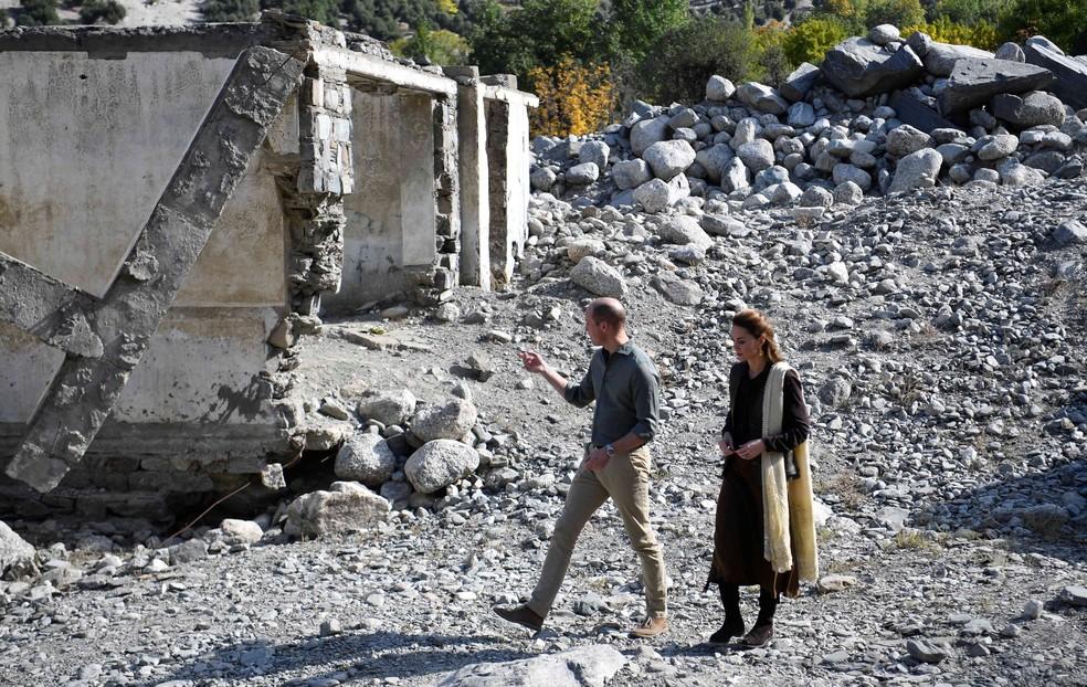 Príncipe William e Kate em viagem ao Paquistão, em 16 de outubro de 2019 — Foto: Neil Hall/Pool via Reuters
