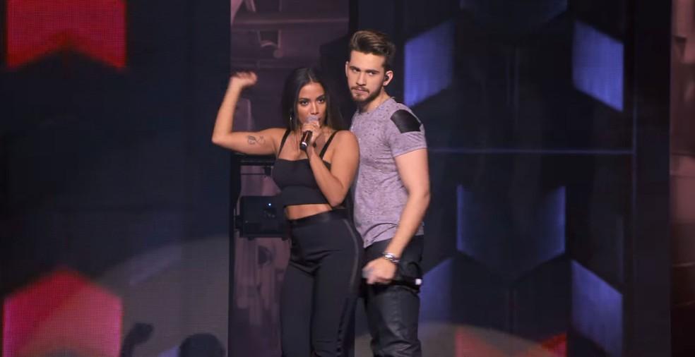 Anitta participa de 'Coladinha em mim', de Gustavo Mioto (Foto: Reprodução/YouTube/Gustavo Mioto)