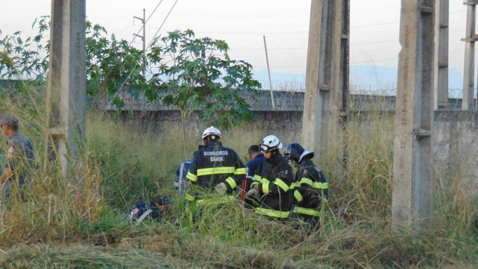Além da Polícia Militar (PM), o Corpo de Bombeiros prestou atendimento no local.  — Foto: Blog do Braga