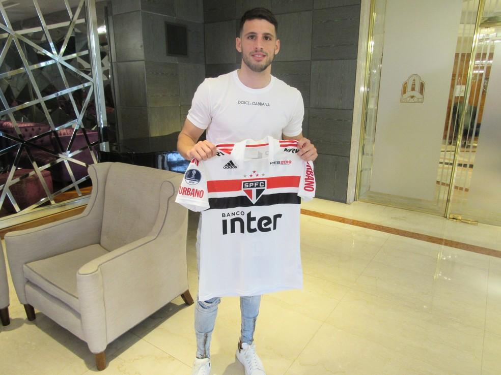 Calleri também teve passagem pelo futebol brasileiro, pelo São Paulo — Foto: Leandro Canônico
