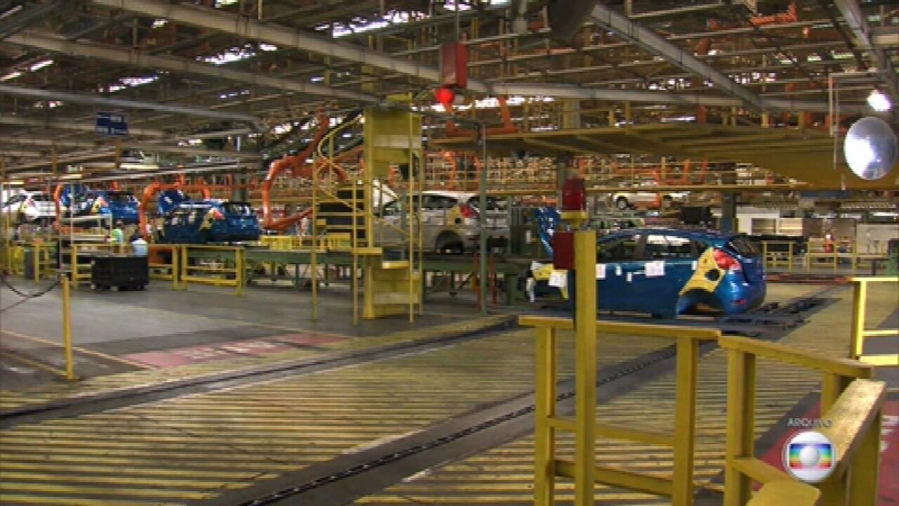 Presidente Bolsonaro lamenta fechamento de empregos da Ford, mas diz que empresa queria subsídios