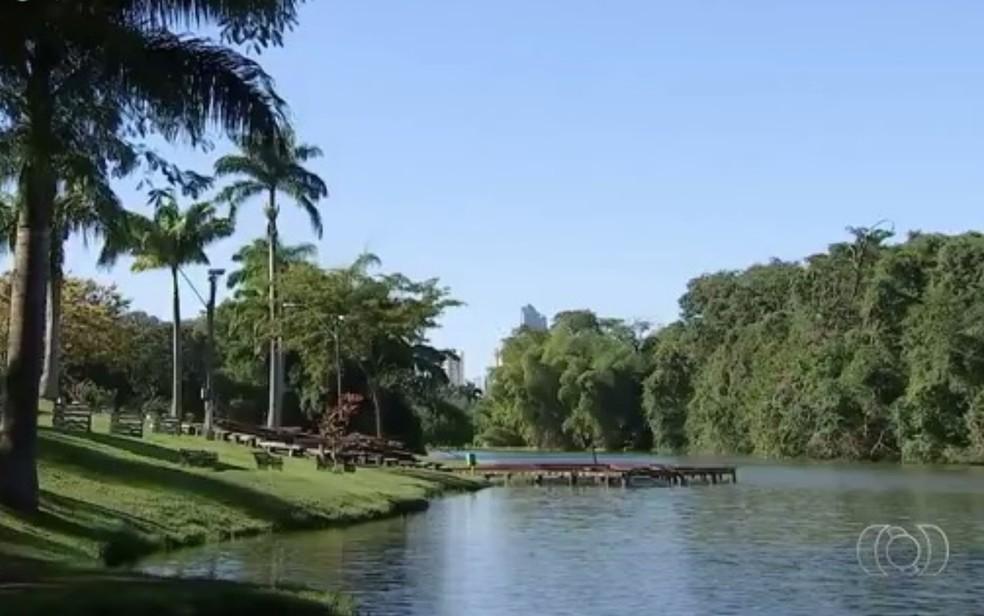 Com festa e serviços gratuitos, cooperativas entrega revitalização do Jardim Botânico, em Goiânia Goiás — Foto: Reprodução/TV Anhanguera