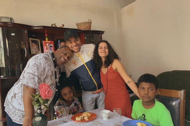 Aílton Graça em gravação de clipe com Victor Salomão (Foto: Divulgação)