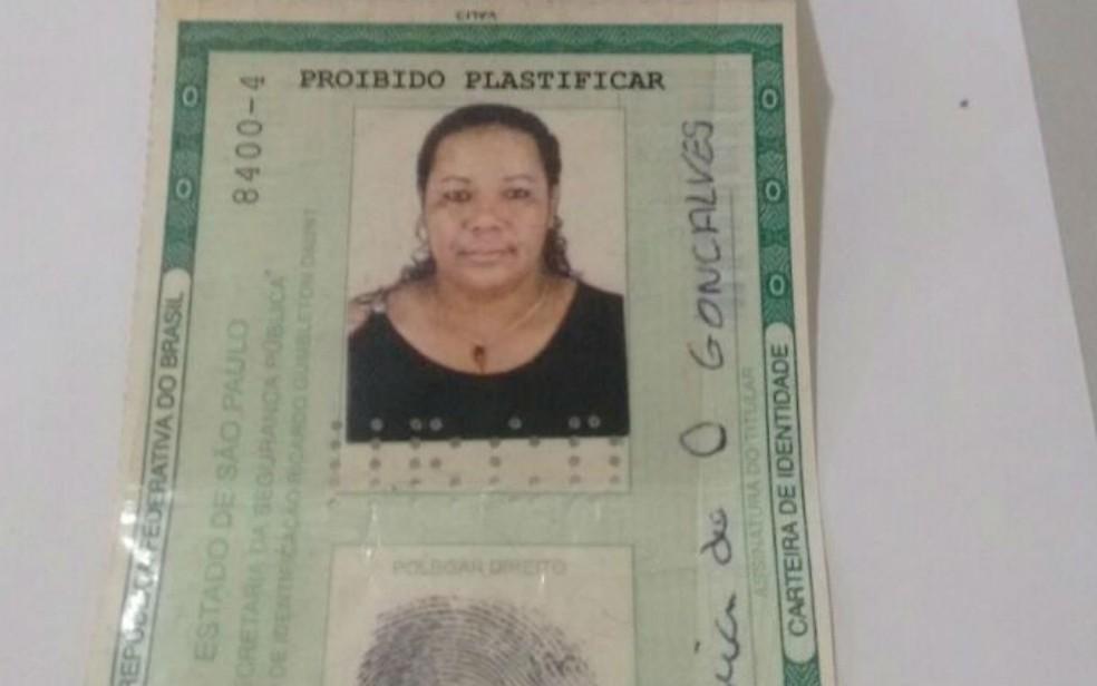 Vítima foi identificada como Ana Maria de Oliveira, de 41 anos (Foto: Divulgação / Polícia Civil)