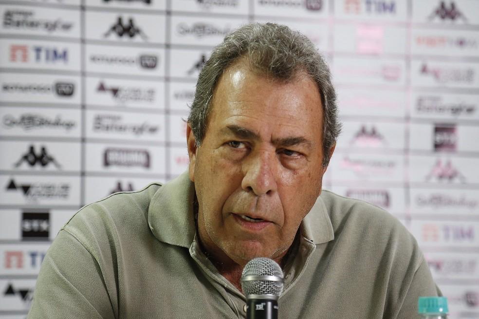 """Dirigente contesta desempenho e rebate: """"Nem Honda ganha isso"""" — Foto: Vitor Silva/Botafogo"""